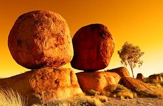 australia - devils marbles | by peo pea