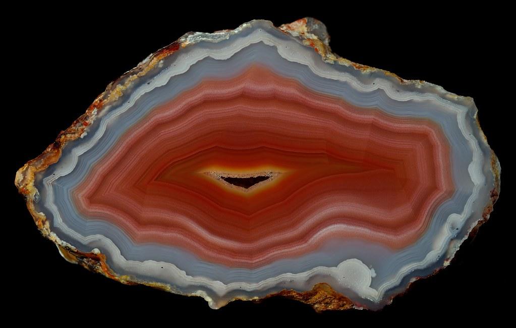 Laguna Agate | ~9.6 x 5.9 x 3.8 cm. | Wood's Stoneworks ...