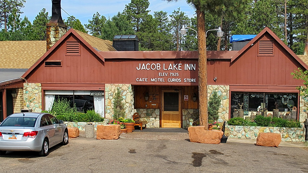 Jacob Lake Inn On Our Way Home From A Camping And Hiking