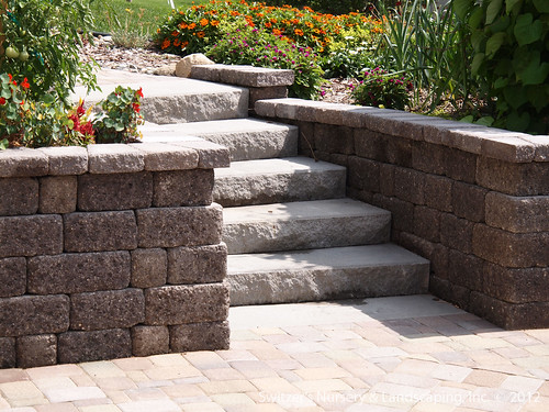 Paver Patio Under Deck With Retaining Wall Amp Steps Minne