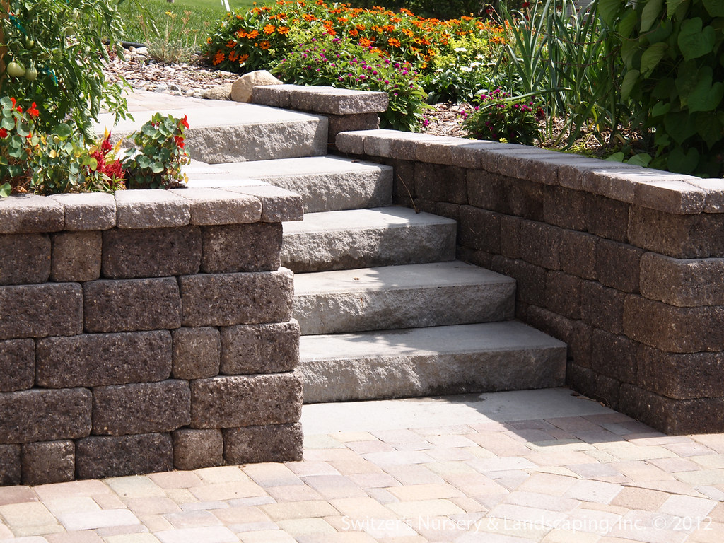 Paver Patio under Deck with Retaining Wall & Steps - Minne… | Flickr