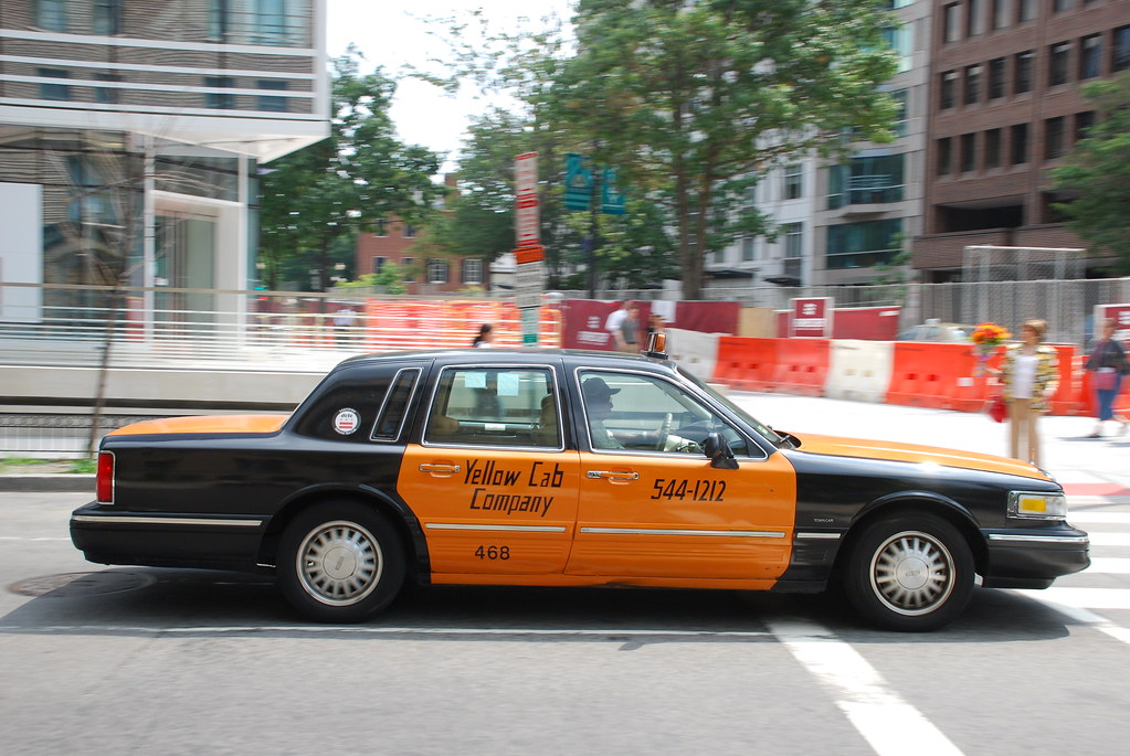 Lincoln Taxi Lincoln Town Car Taxi In Washington D C My F Flickr