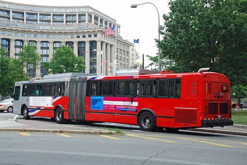 Metro Bus Cleaners Dc : Dc metrobus washington metro neoplan articulated bus