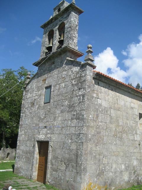 Iglesia de Lesende en Lousame