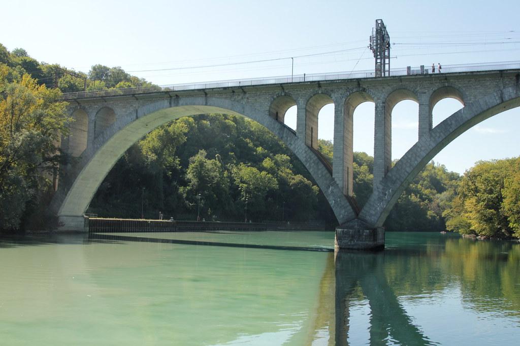 Fluss Mit G >> Vereinigung von Arve und Rhône ( Fluss / River ) bei der E… | Flickr