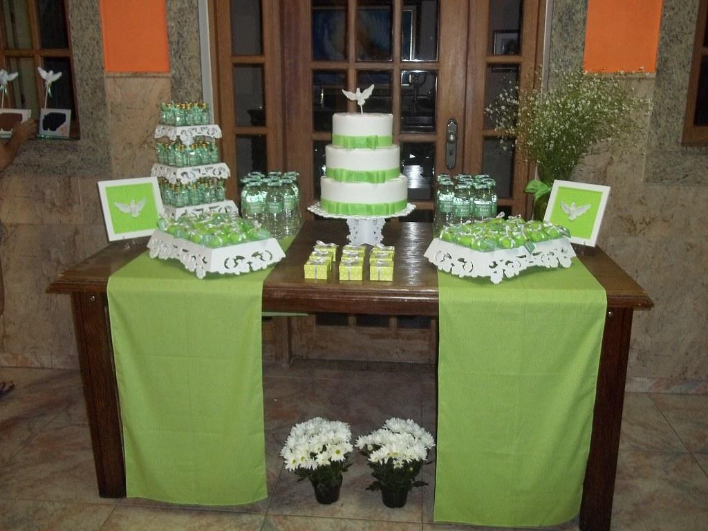 Mesa decorada por mim batizado do meu principe enzo verde - Mesa de navidad decorada ...