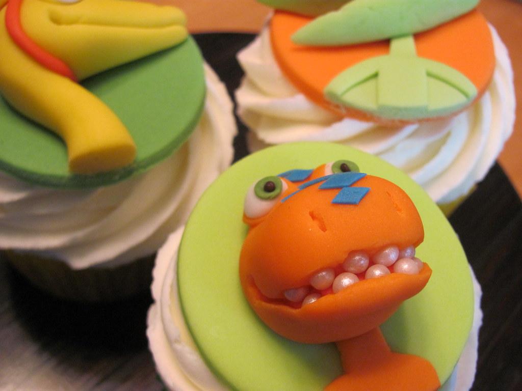 Dinosaur Train Cupcakes | by zoeycakes Dinosaur Train Cupcakes | by  zoeycakes