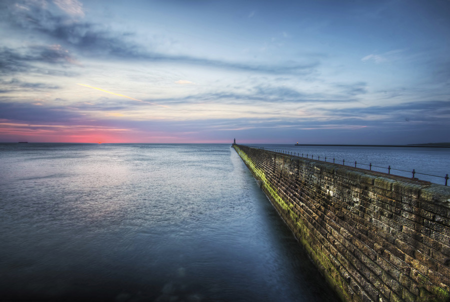 Tynemouth Pier | Daily HDR Blog | HDR One Magazine ...