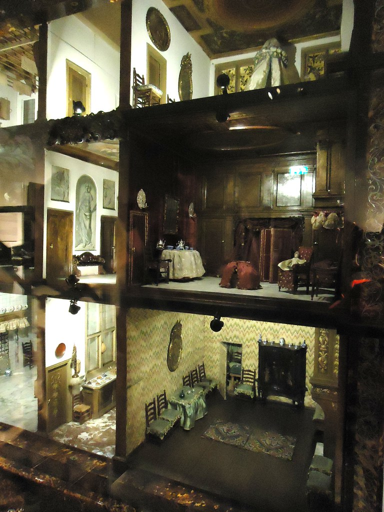 The Rijksmuseum The Doll S House Of Petronella Oortman C