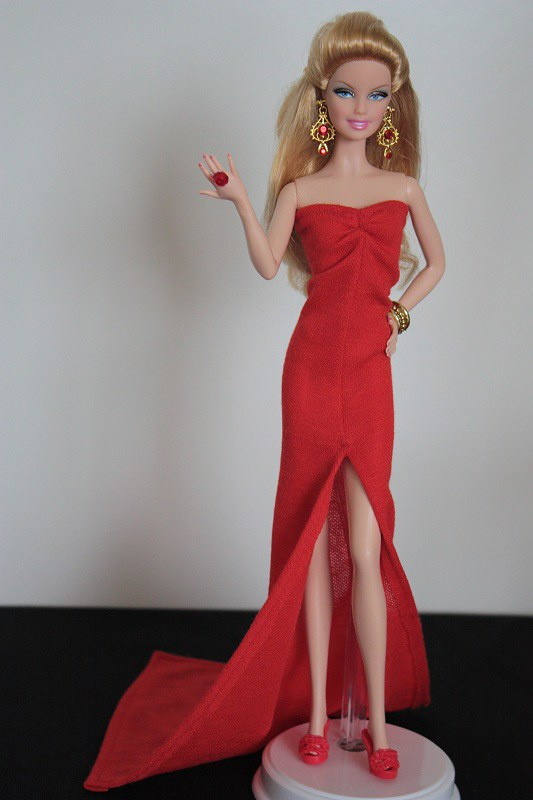 Jessica rabbit inspired Barbie dress | More pictures on my w… | Flickr