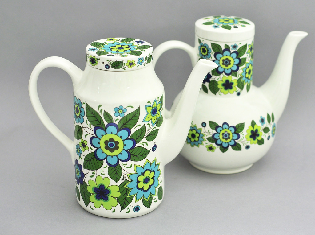 ... Jessie Tait variations for Midwinter Pottery | by robmcrorie & Jessie Tait variations for Midwinter Pottery | \u0027April Flower\u2026 | Flickr