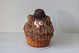 Fozzie Giant Cupcake | by All you need is Cupcakes!