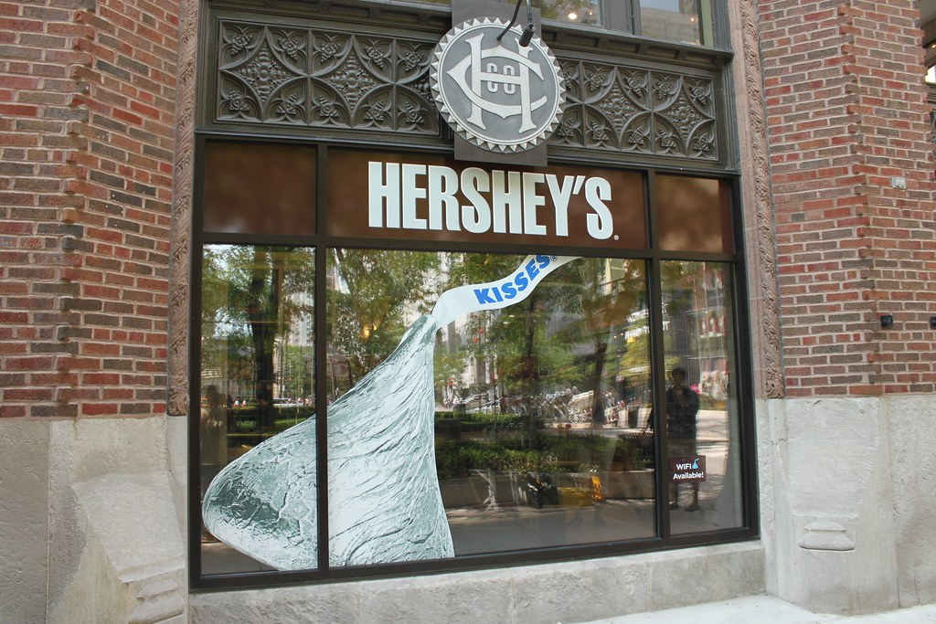 Full Color Vinyl Graphics For Windows Hershey Store Chic