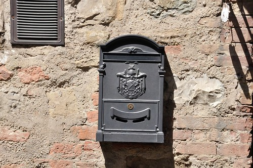 Postbox | by Danny Oosterveer
