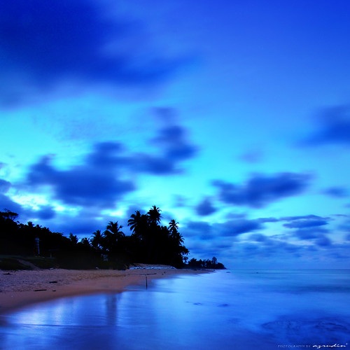 blue wave | by azrudin
