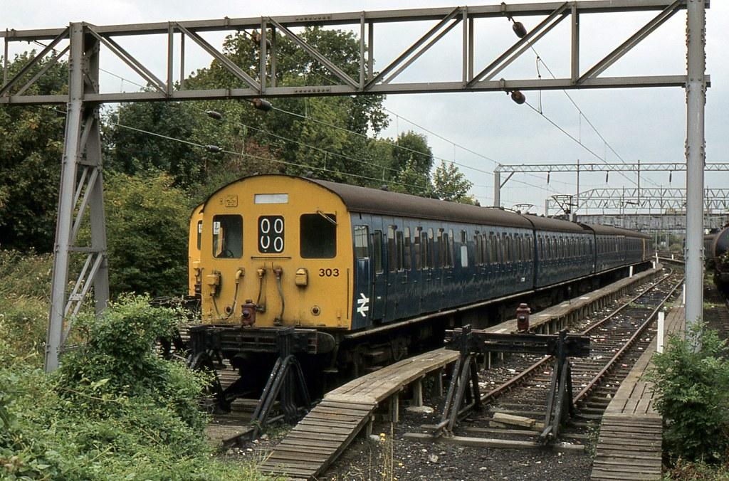 BR Class 302 EMU 303, ...N Class