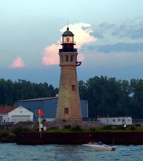 Buffalo 1833 Lighthouse | by William Wilson 1974