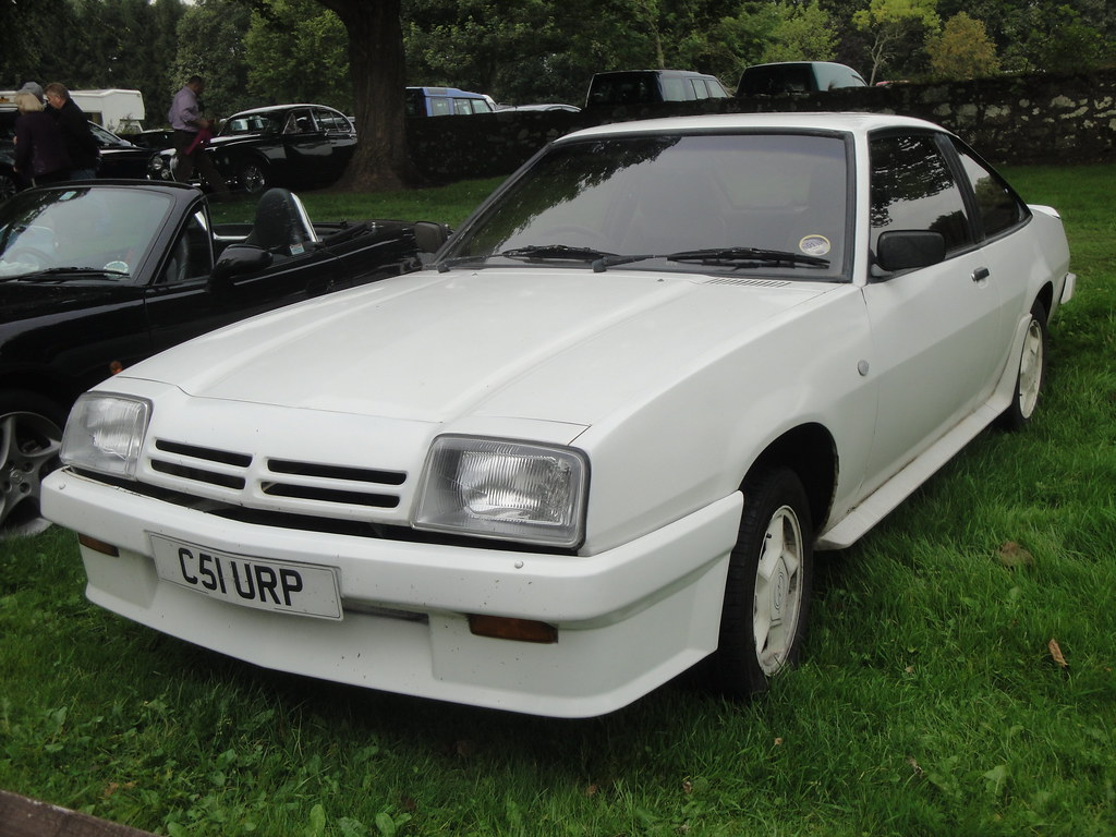 1986 opel manta gte i 39 m sure this is the manta i used to. Black Bedroom Furniture Sets. Home Design Ideas