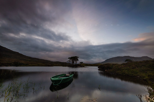 Sunrise over Loch Assynt | by verdantvista.com