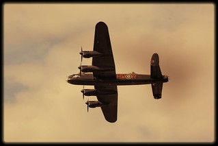 avro lancaster | by frisar1