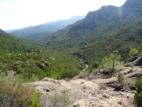 Retour au Peralzone au-dessus de la vallée du Carciara