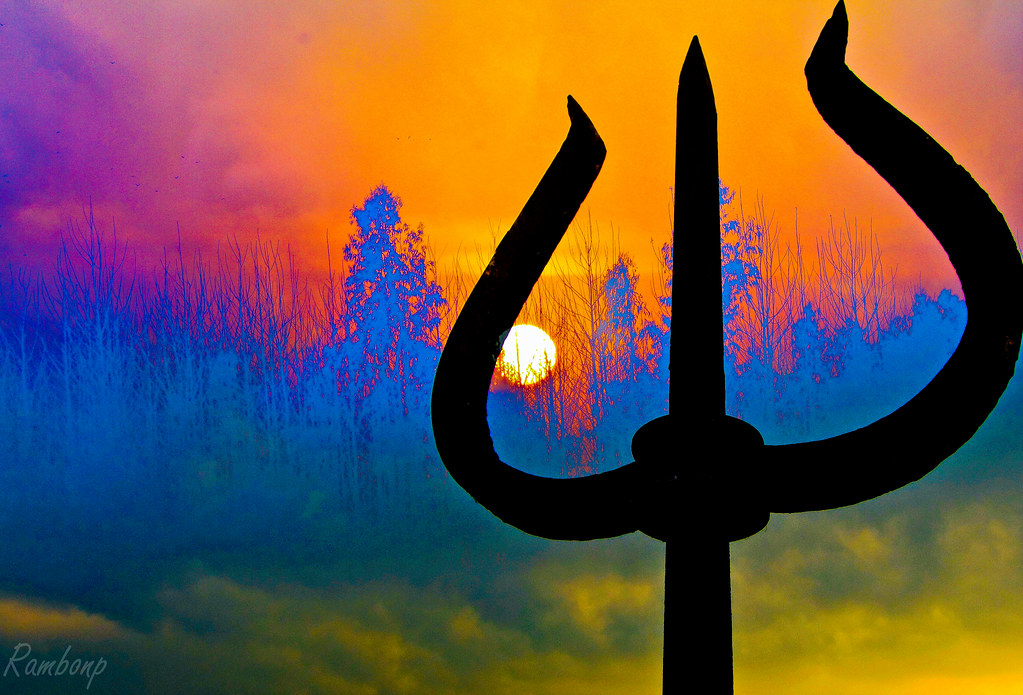 Trishul Of Shiva The Trishula Symbolism Is Polyvalent A Flickr
