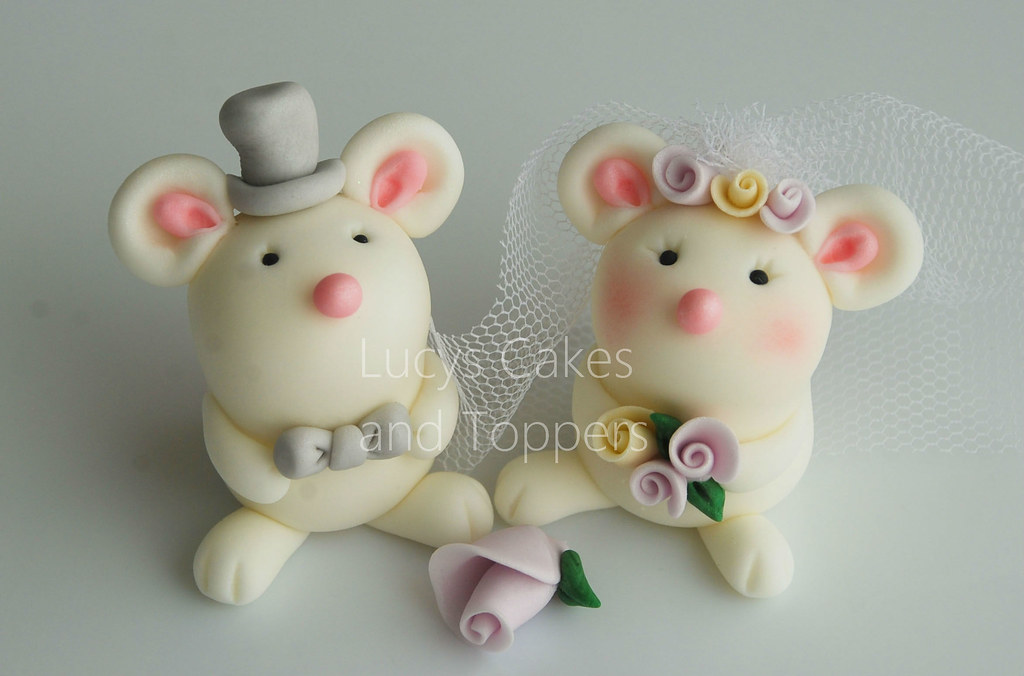 mice wedding cake toppers mouse mice and groom wedding cake topper visit me 17333