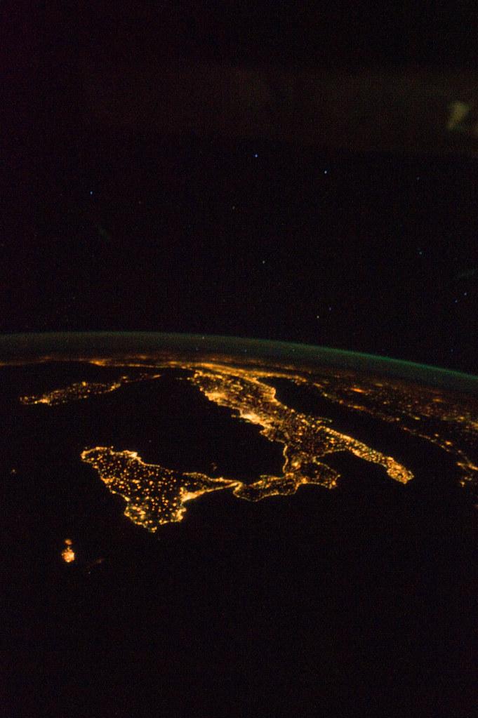 Italy at Night (NASA, International Space Station, 08/18/1 ...