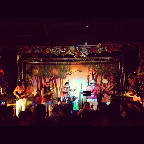 Manzana Tropical @ArribalaCumbia! @HackneyGTUK 14.09.12 | by Latinos in London