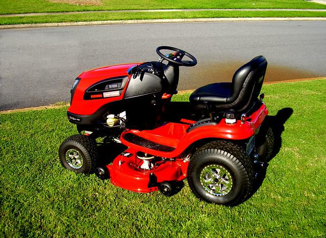Lawn Mower Hub : Lawn tractor flickr photo sharing