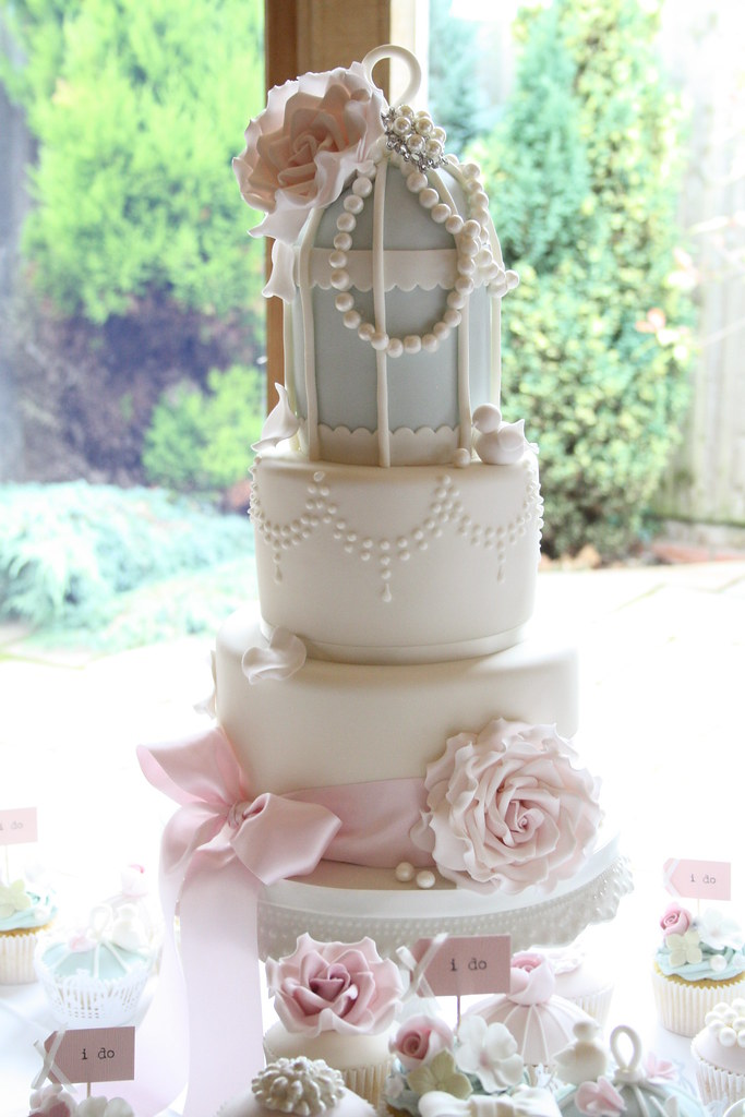 vintage glamour birdcage cake tracy james flickr