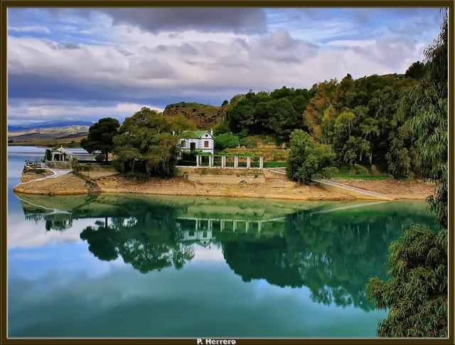 La casa del lago ardales m laga espa a flickr photo - La casa del lago ...