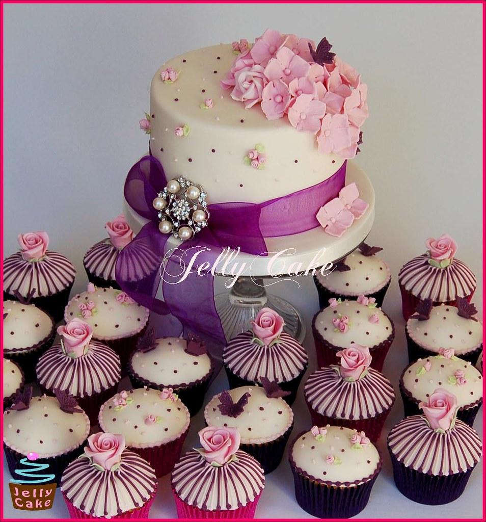 Wedding Cupcakes Ideas: A Cake And Cupcakes Designed