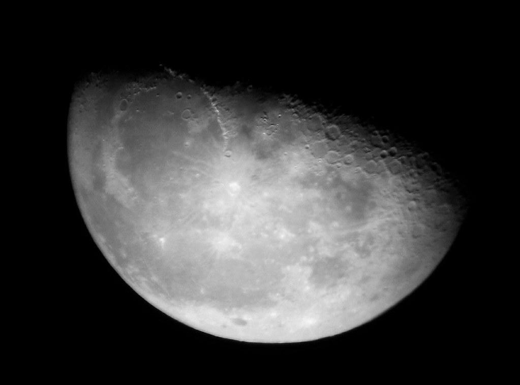Luna en cuarto menguante   Cuarto menguante Esta fase se pro…   Flickr