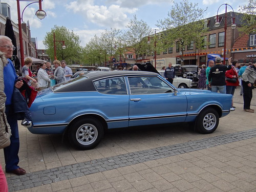 1975 ford taunus 2000 gxl coupe automatic 19 may 2012. Black Bedroom Furniture Sets. Home Design Ideas