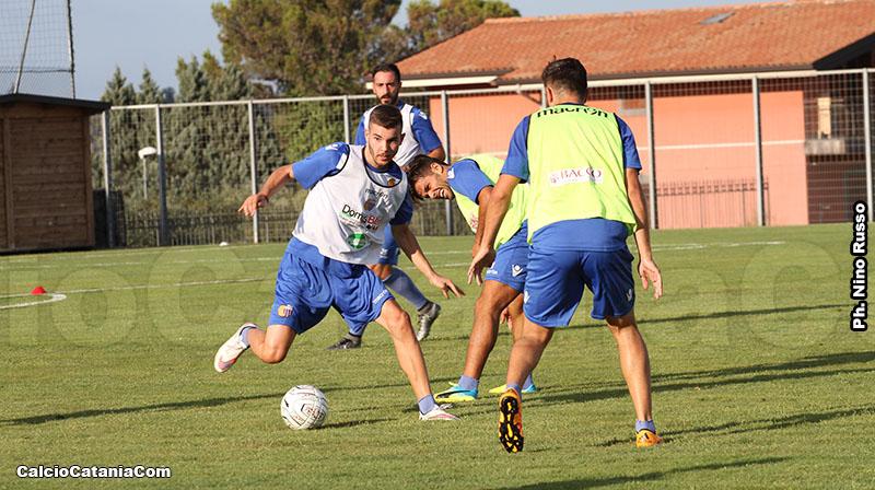 Lorenzo Longo (nella foto, in allenamento con la prima squadra), capitano della Berretti, è l'autore del gol del temporaneo vantaggio