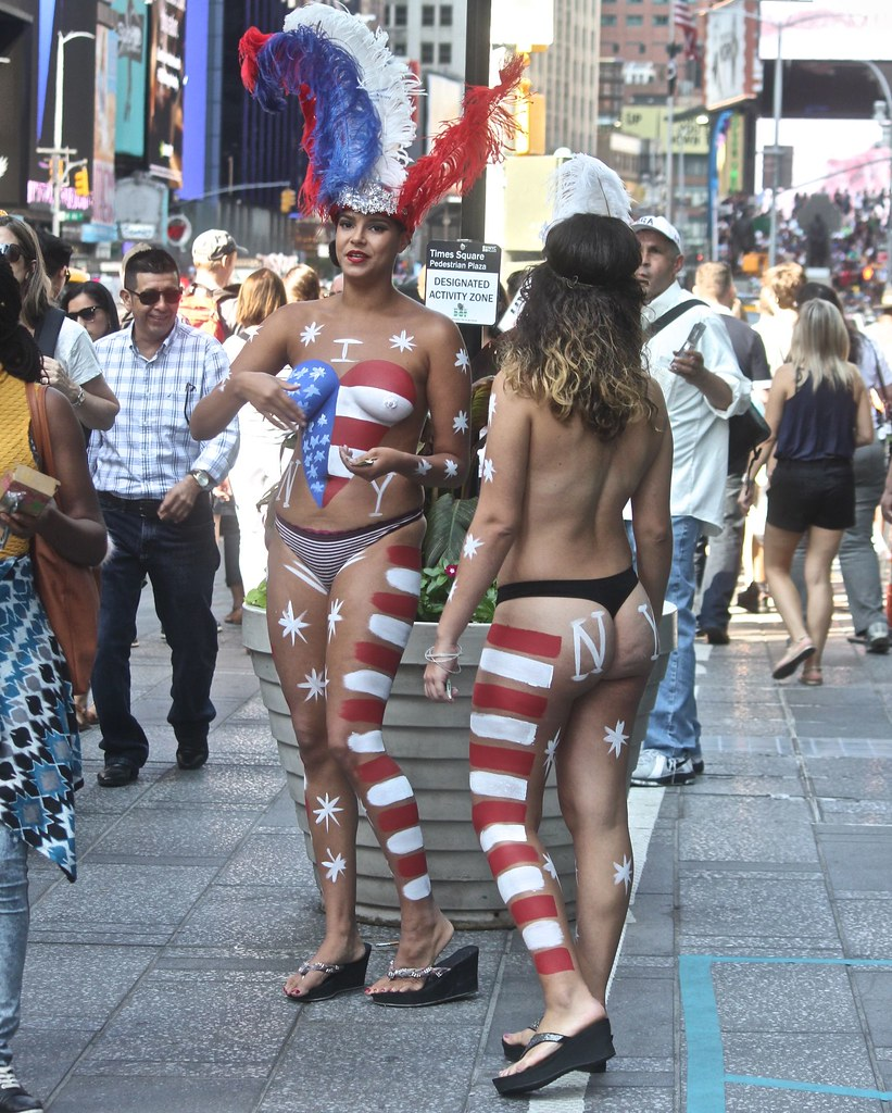 Naked Ladies In New York