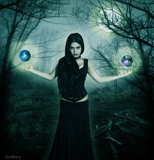 The Sorceress | by katmary