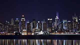 Mid Manhattan by Night | by Lydia2222