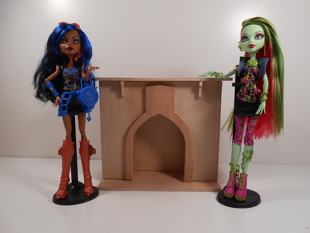 Monster High Furniture 1 6 Scale Playscale Fireplace 2 Flickr