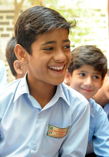 a student of Government Comprehensive School in Gujranwala | by World Bank Photo Collection