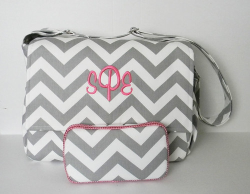 chevron diaper bag with matching wipes case chicbazar1 flickr. Black Bedroom Furniture Sets. Home Design Ideas