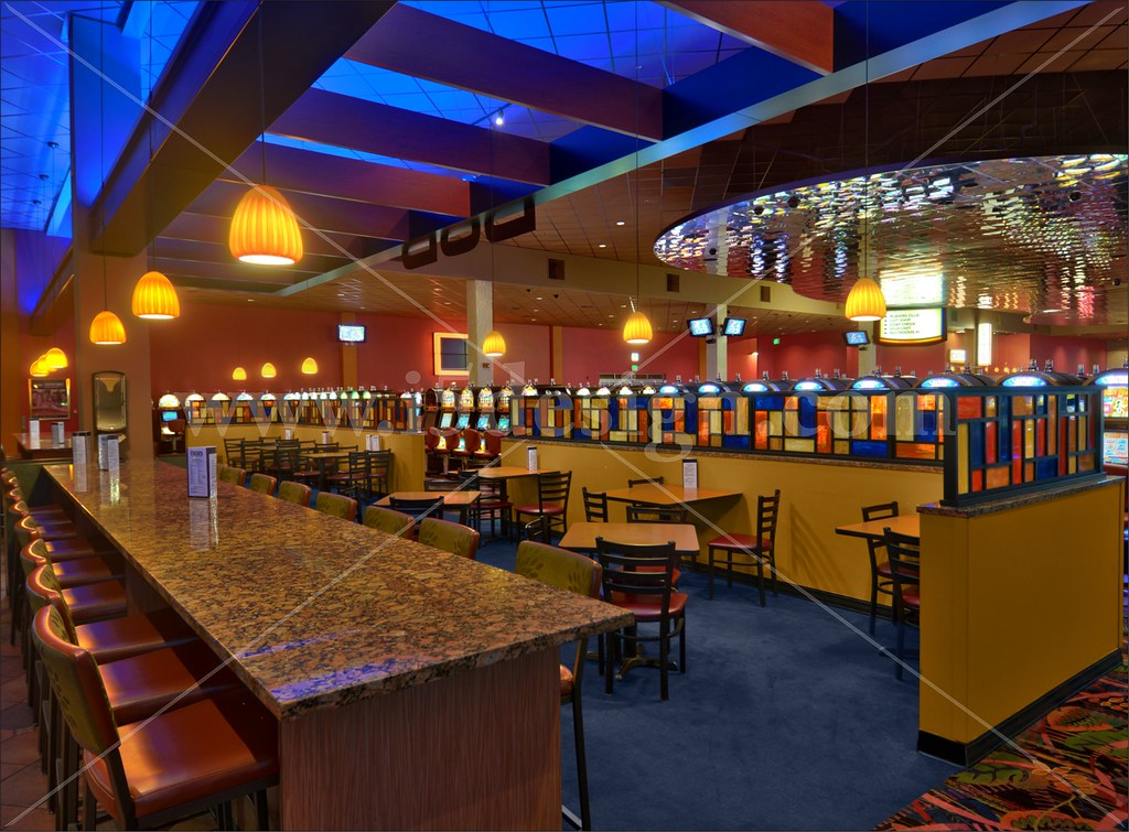 Sports bar design and layout images for Sports bar interior design ideas