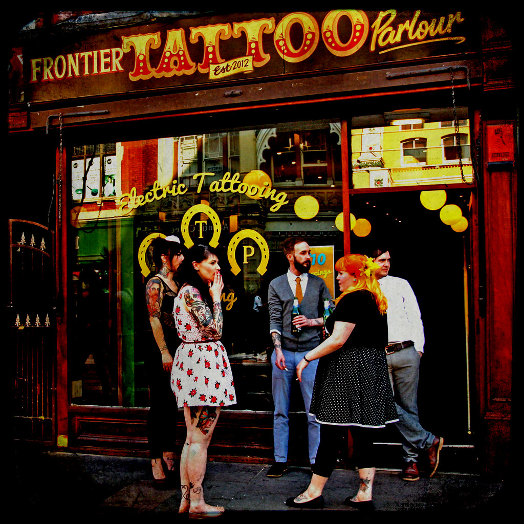 Frontier tattoo parlour dream at night girl with the for The parlour tattoo