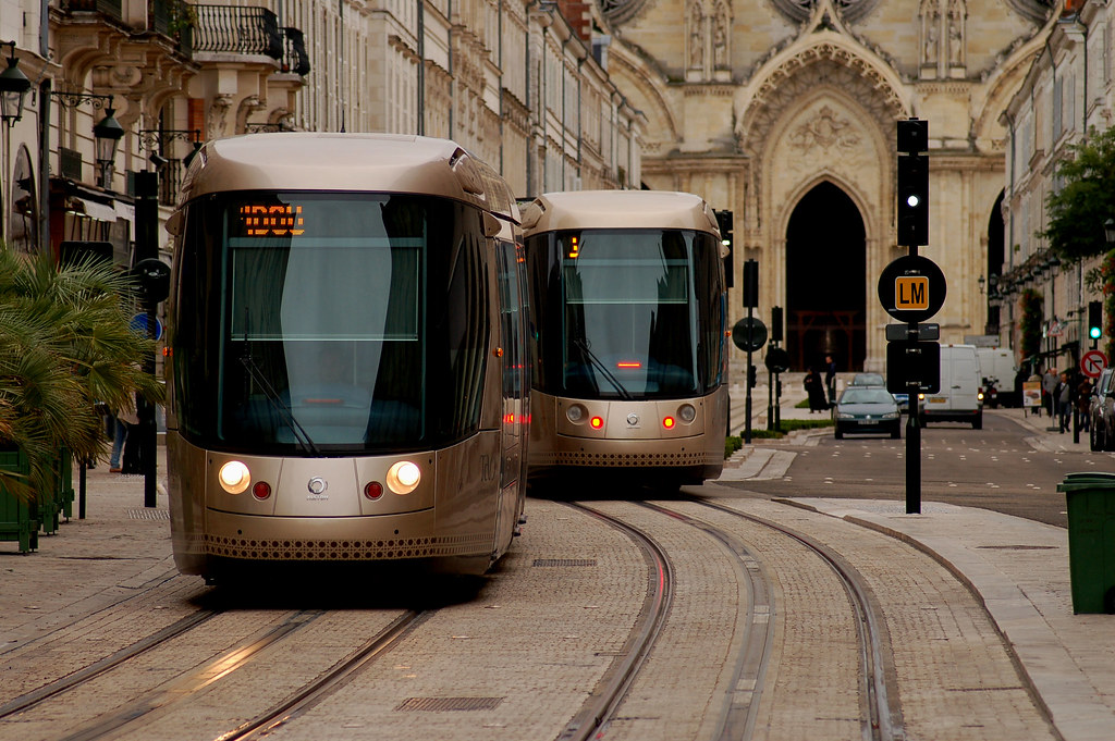 Orleans tram flickr photo sharing for Salon n 6 orleans