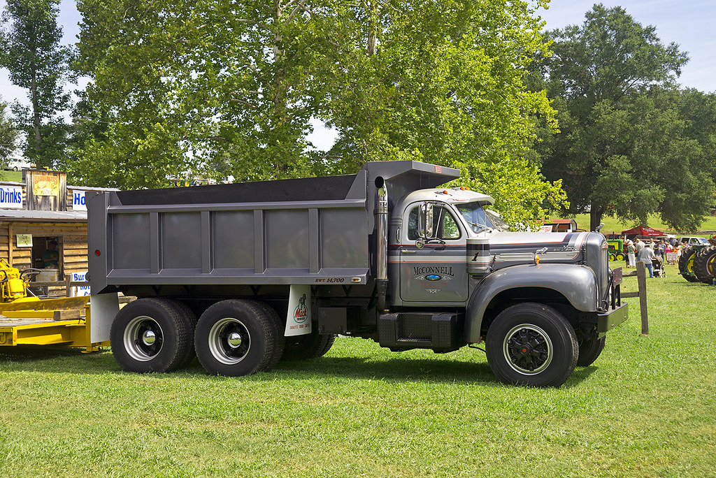 mack b 53 thermodyne dump truck at the 2012 farm days show flickr B Model Mack Drag Truck mack b 53 thermodyne dump truck by thumpr455