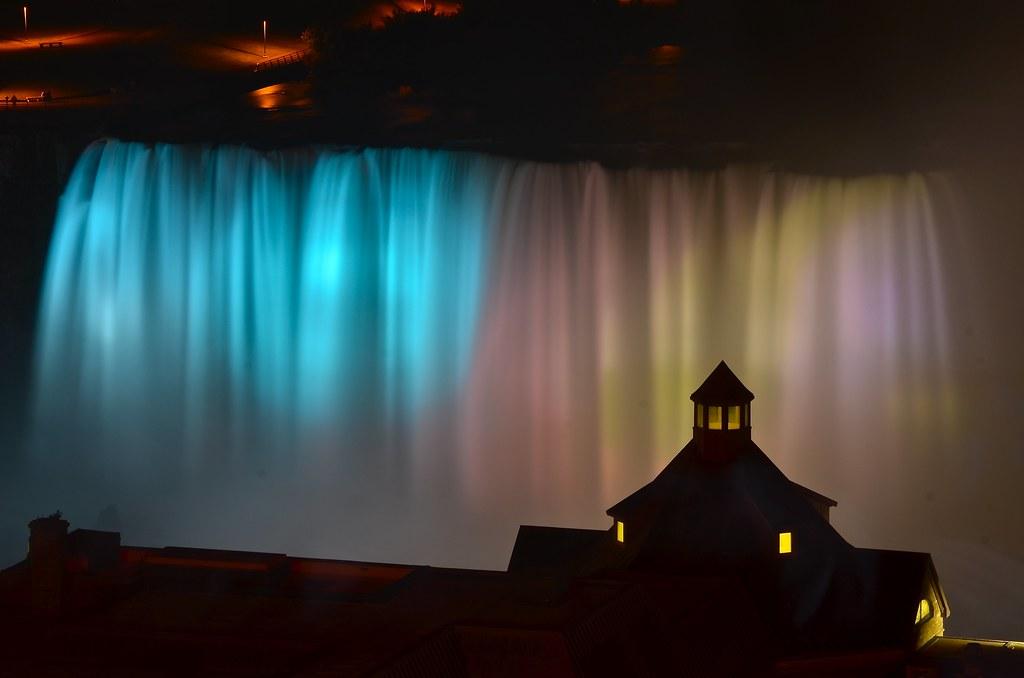 Niagara Falls The Falls At Night Are Illuminated With