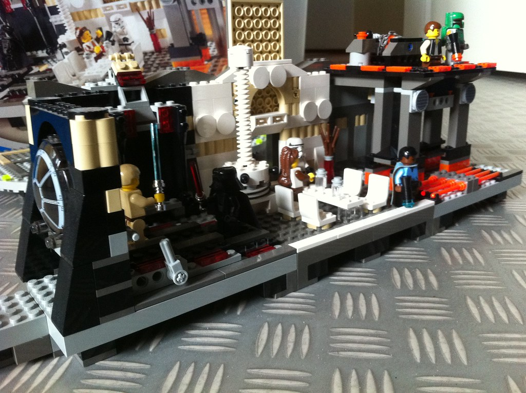 Lego 10123 Cloud City | I picked up this set today! It came … | Flickr