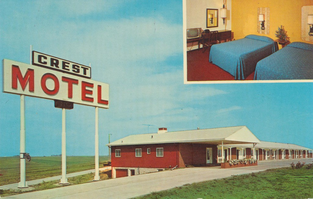 Crest Motel - Williamsburg, Iowa