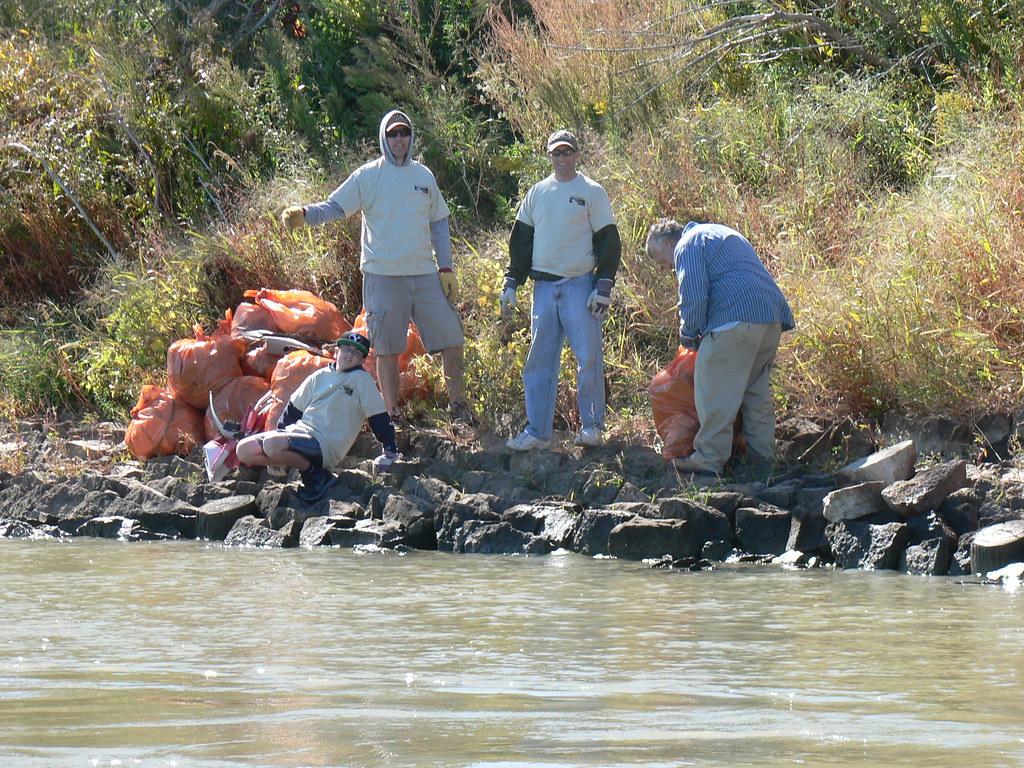 Omaha Council Bluffs Missouri River Clean Up 9 22 12 Flickr